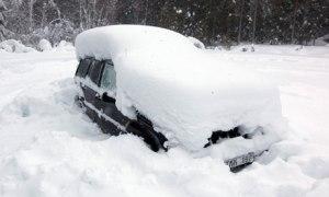 Peter Skyllberg's snowed-in car in Sweden